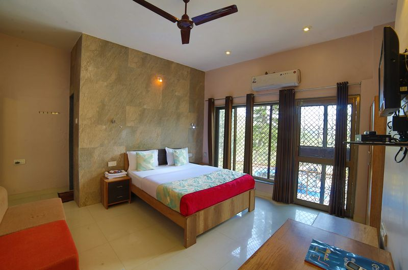 Deluxe King Room at Forest Eco Lodge, Mount Abu
